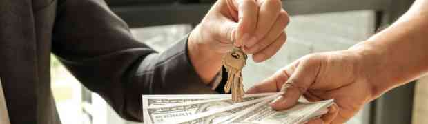 Should a Landlord Charge Tenants a Fee for Late Rent?